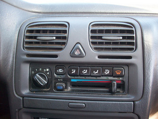 Car air conditioner not working? Call Country Road Automotive in Lincoln Park, NJ